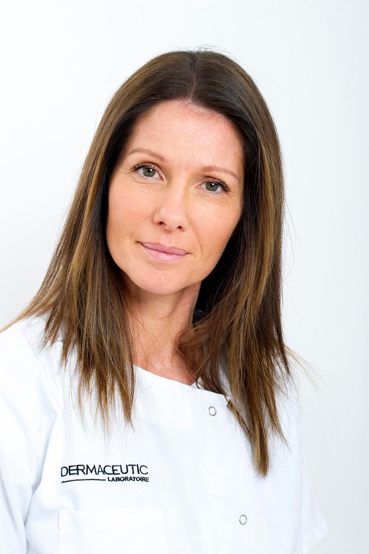 Laure Assistante du Dr Sierra Fortuny